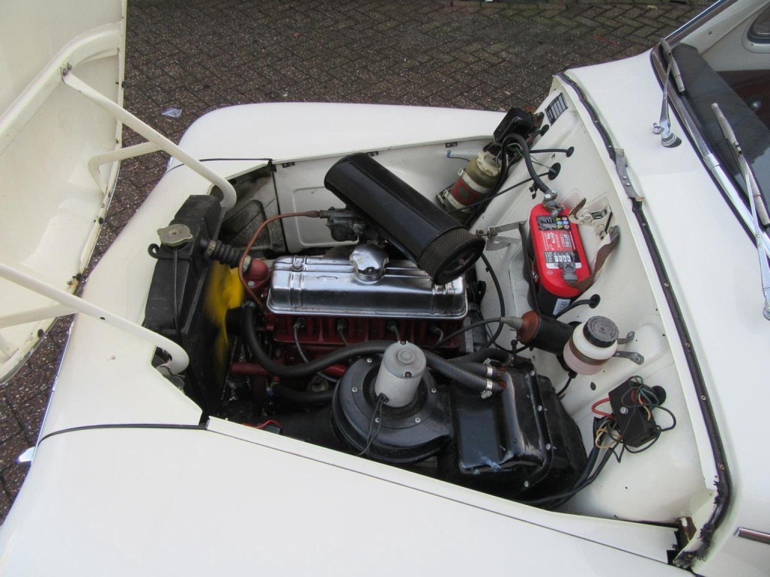 Volvo-P544-12