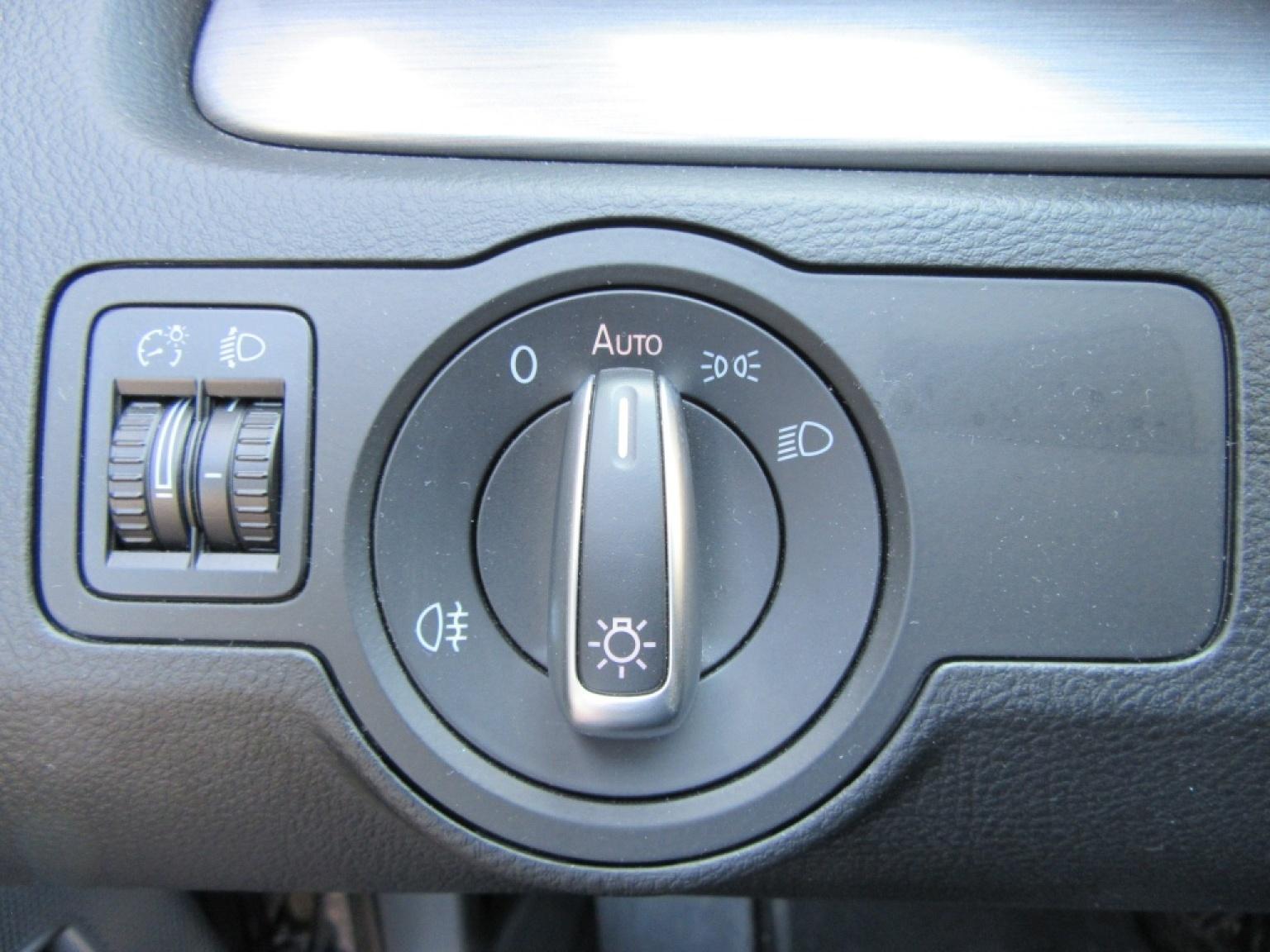 Volkswagen-Passat-11