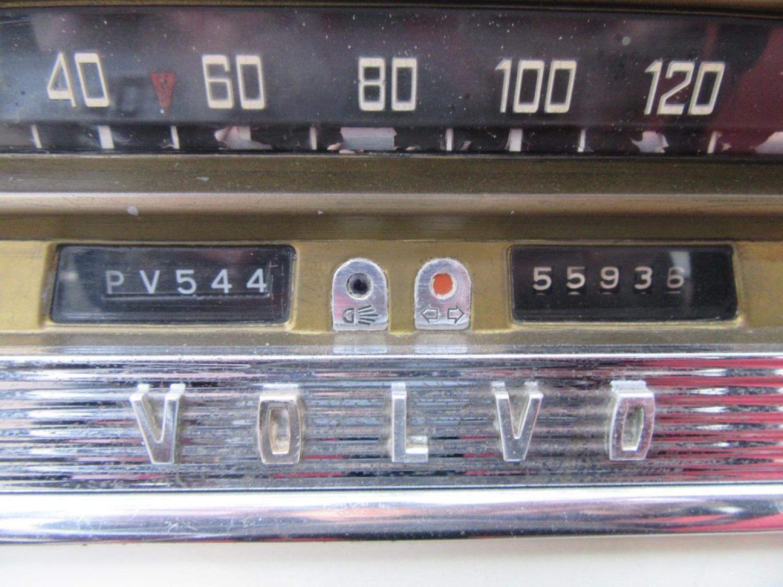 Volvo-P544-5