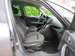 Opel-Zafira-19