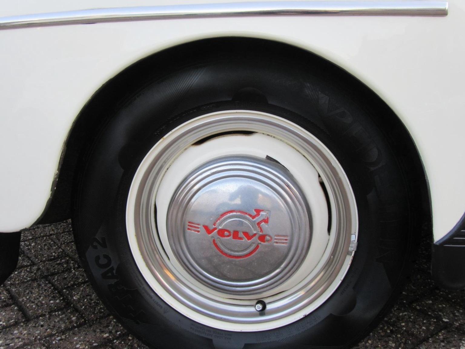 Volvo-P544-15