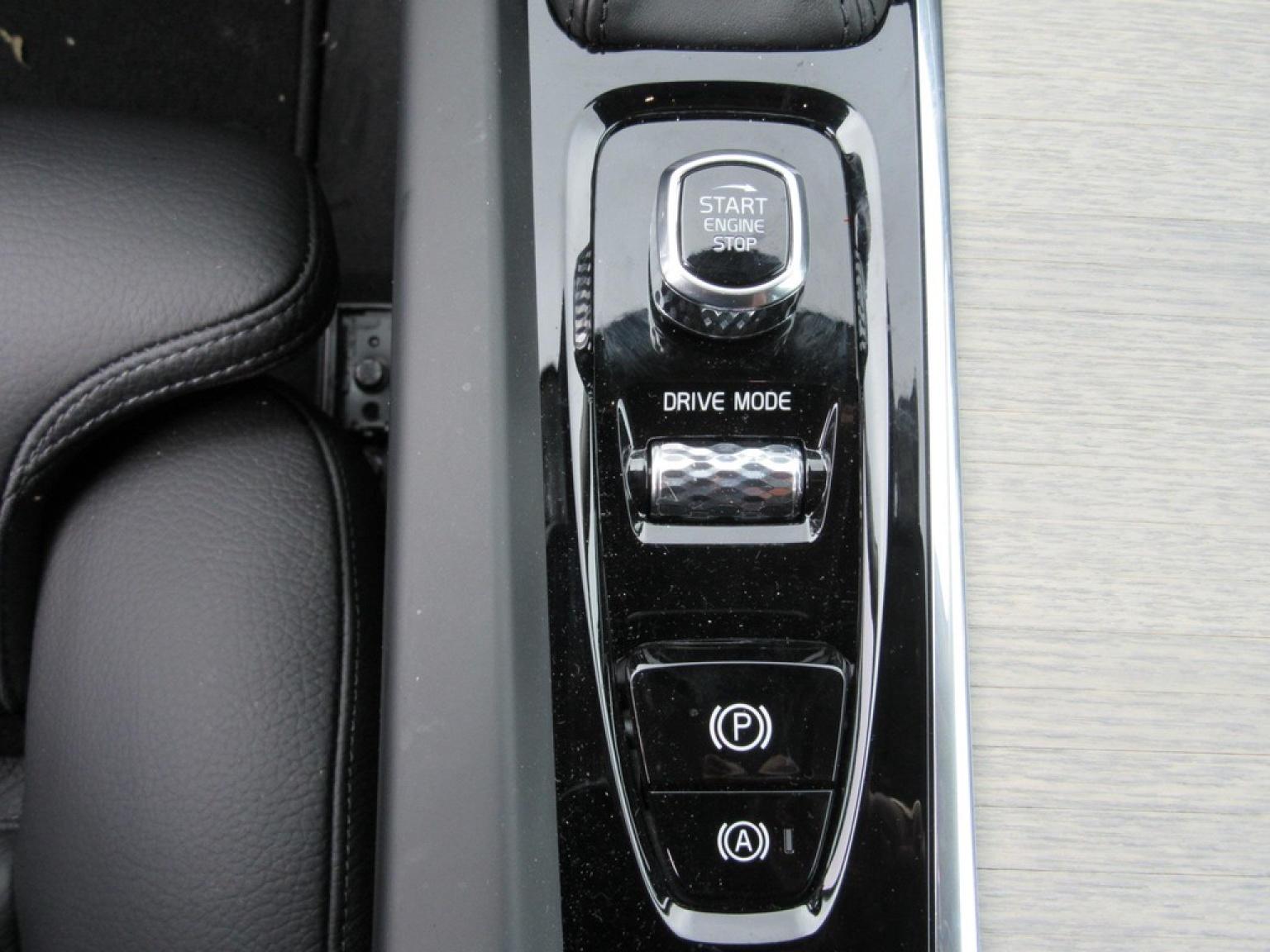 Volvo-XC60-8