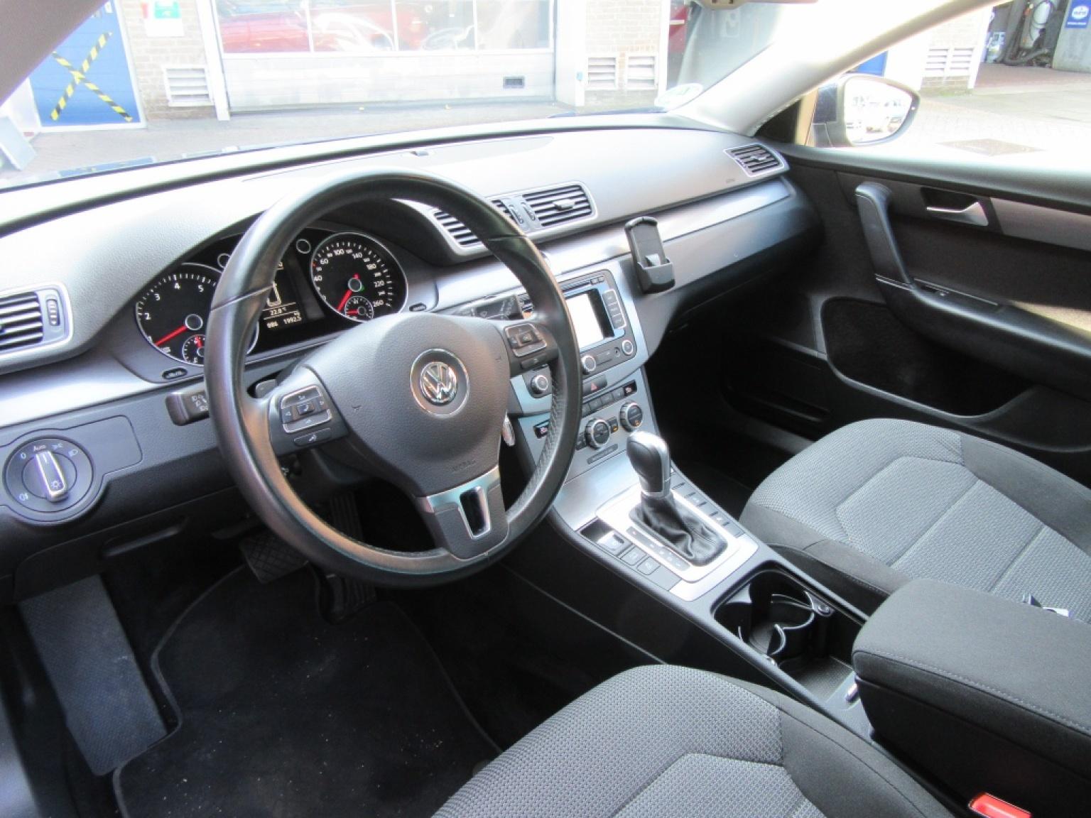 Volkswagen-Passat-3