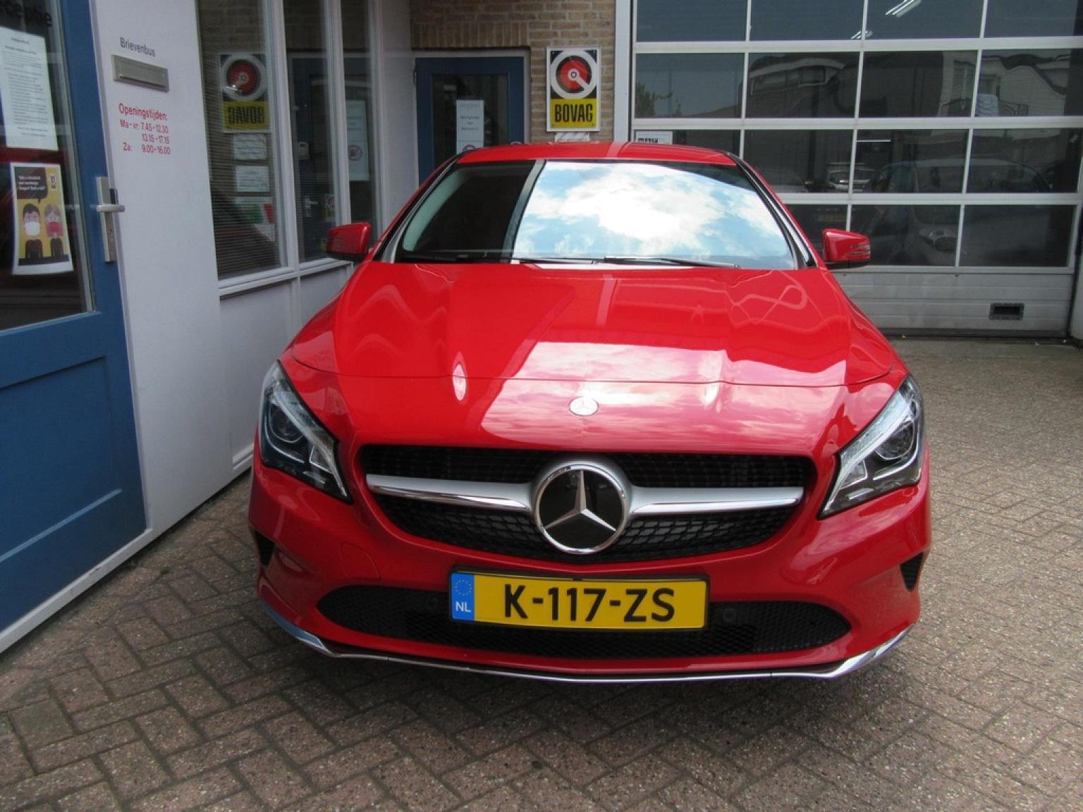 Mercedes-Benz-CLA-Klasse-23