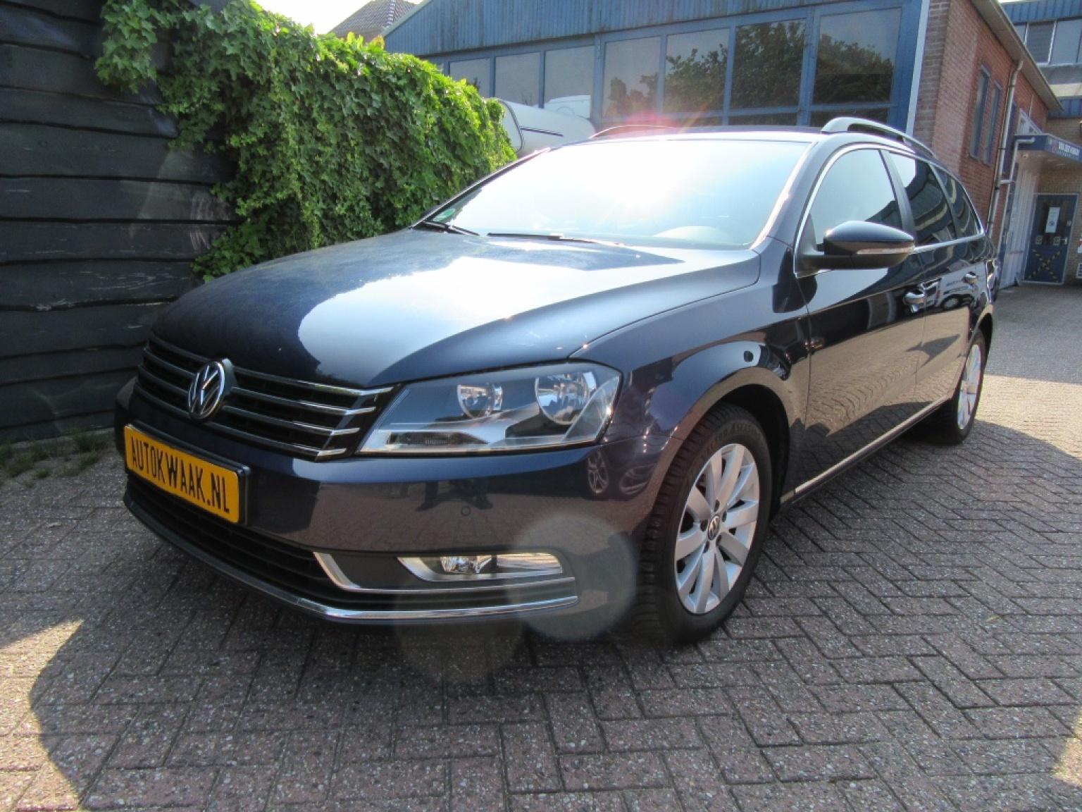Volkswagen-Passat-31