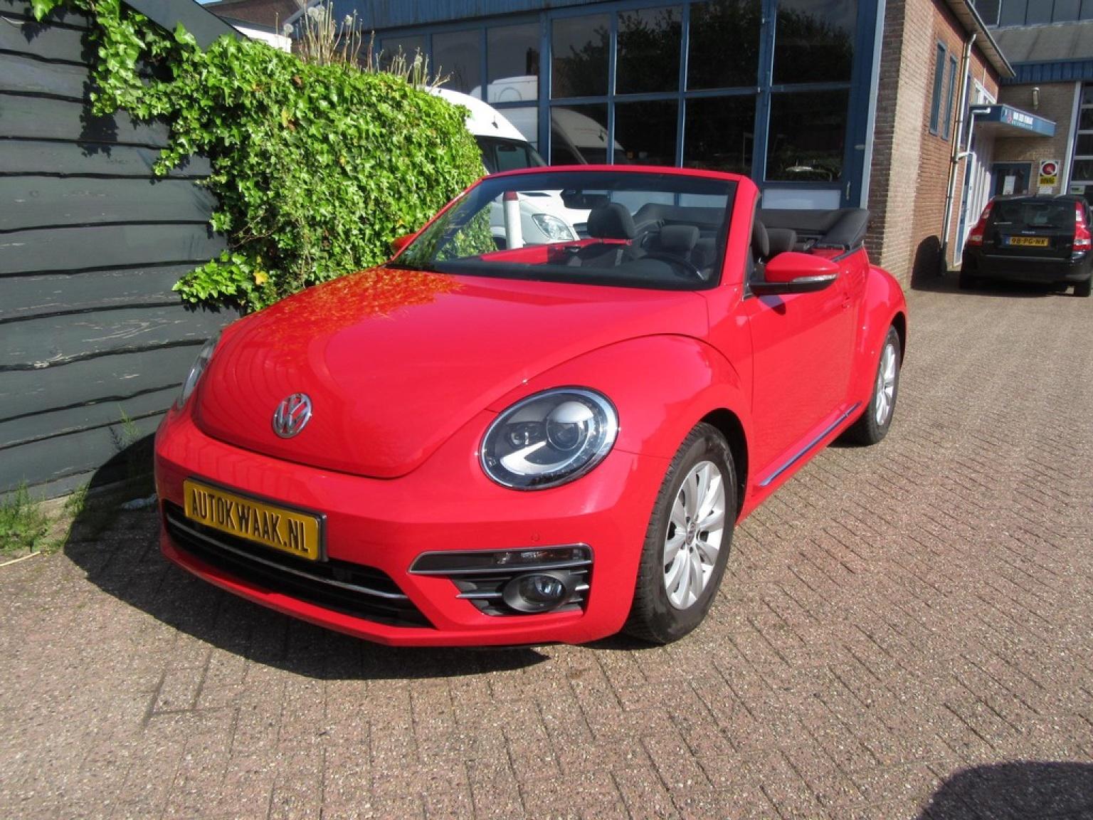 Volkswagen-Beetle-28