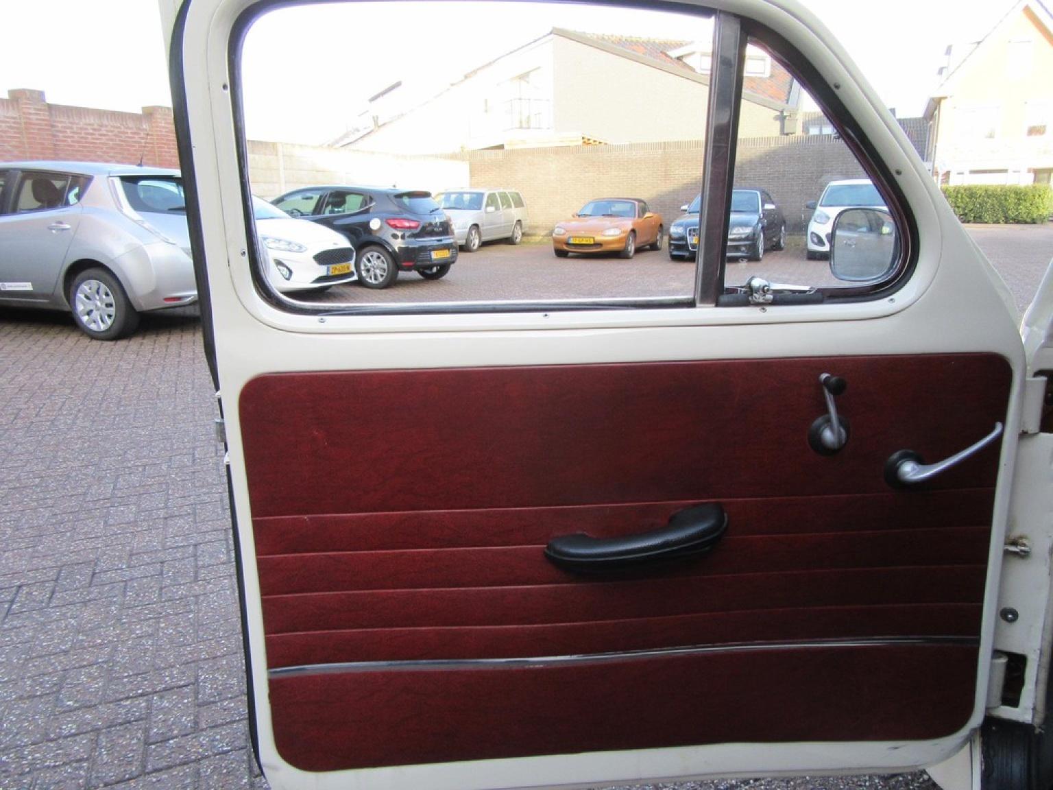 Volvo-P544-7