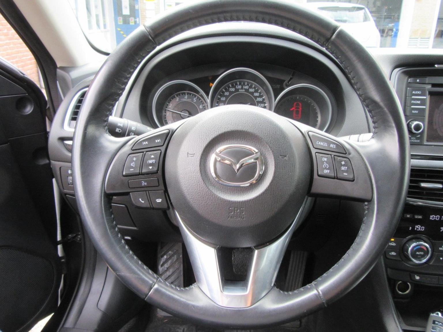 Mazda-6-15