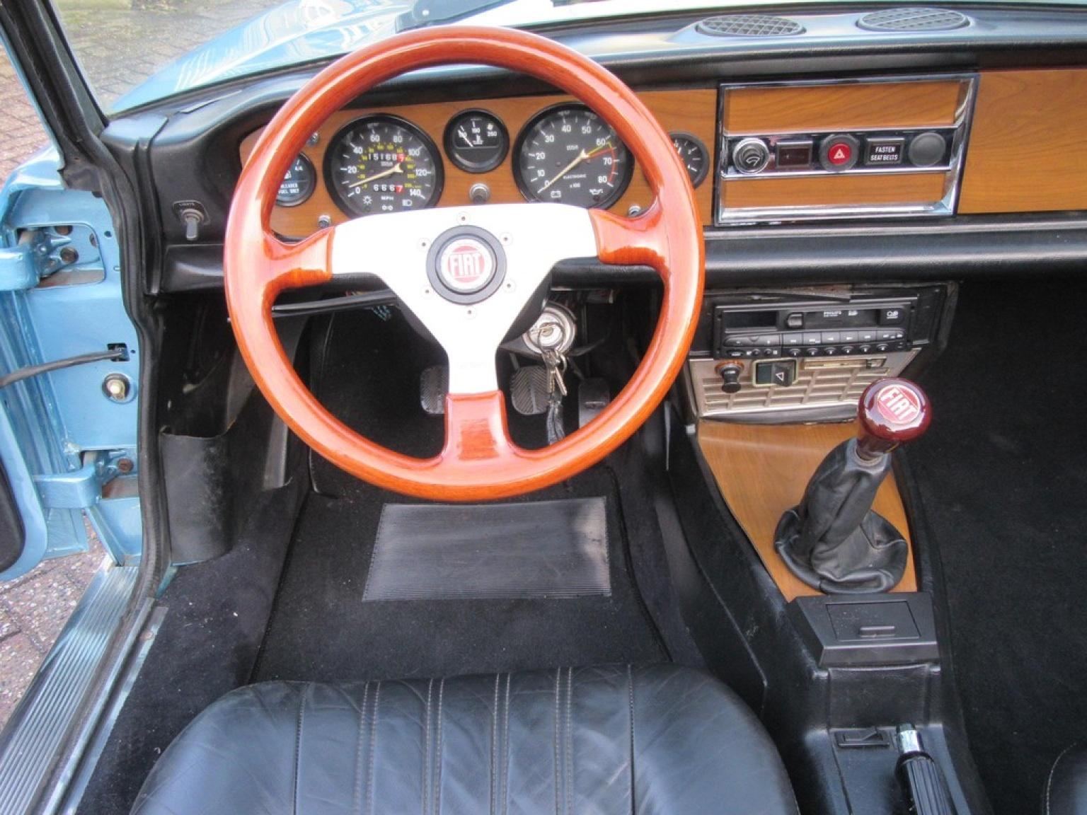 Fiat-Spider-4