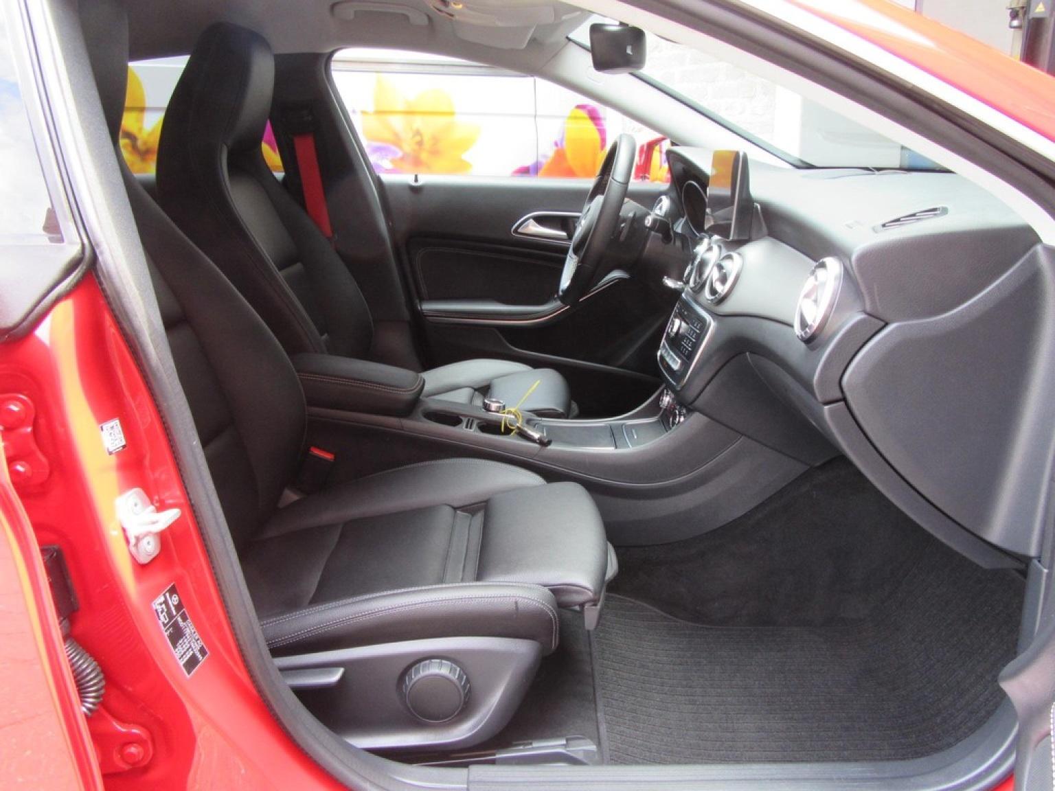 Mercedes-Benz-CLA-Klasse-21